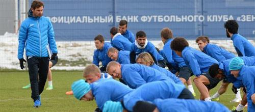 Российская Премьер-Лига: Зенит - Крылья Советов