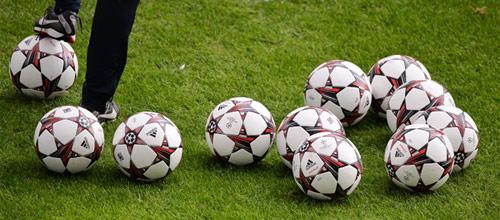 Лига Чемпионов: Байер - Бенфика