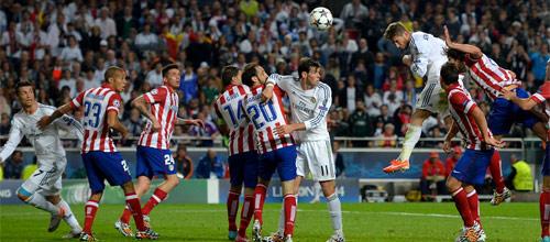 Испания, Примера: Атлетико - Реал Мадрид
